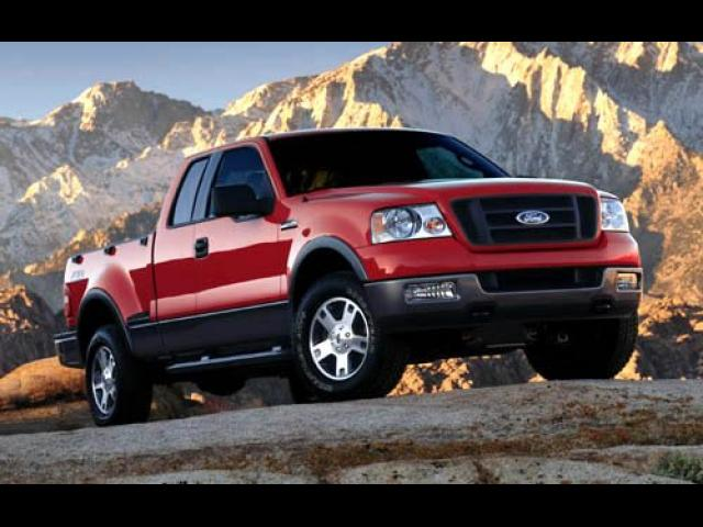 Junk 2004 Ford F150 in Cadillac