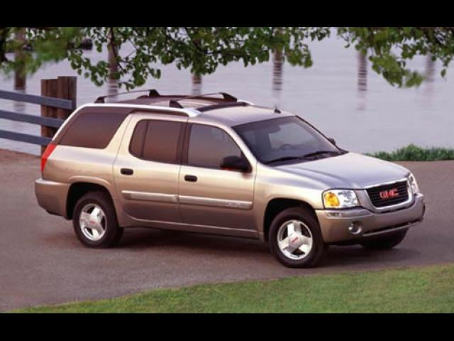 Junk 2004 GMC Envoy in Miami