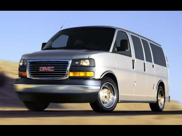 Junk 2004 GMC Savana in Concord