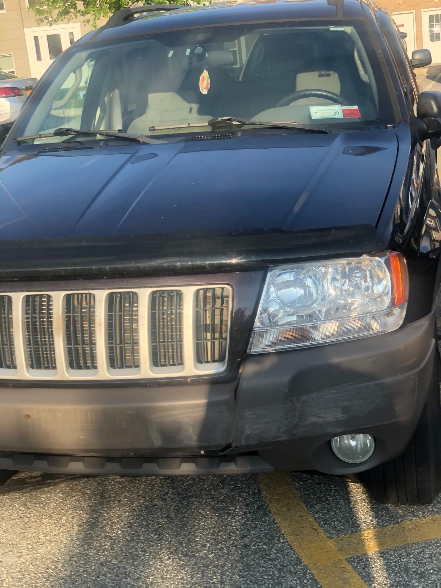 Junk 2004 Jeep Grand Cherokee in Middletown