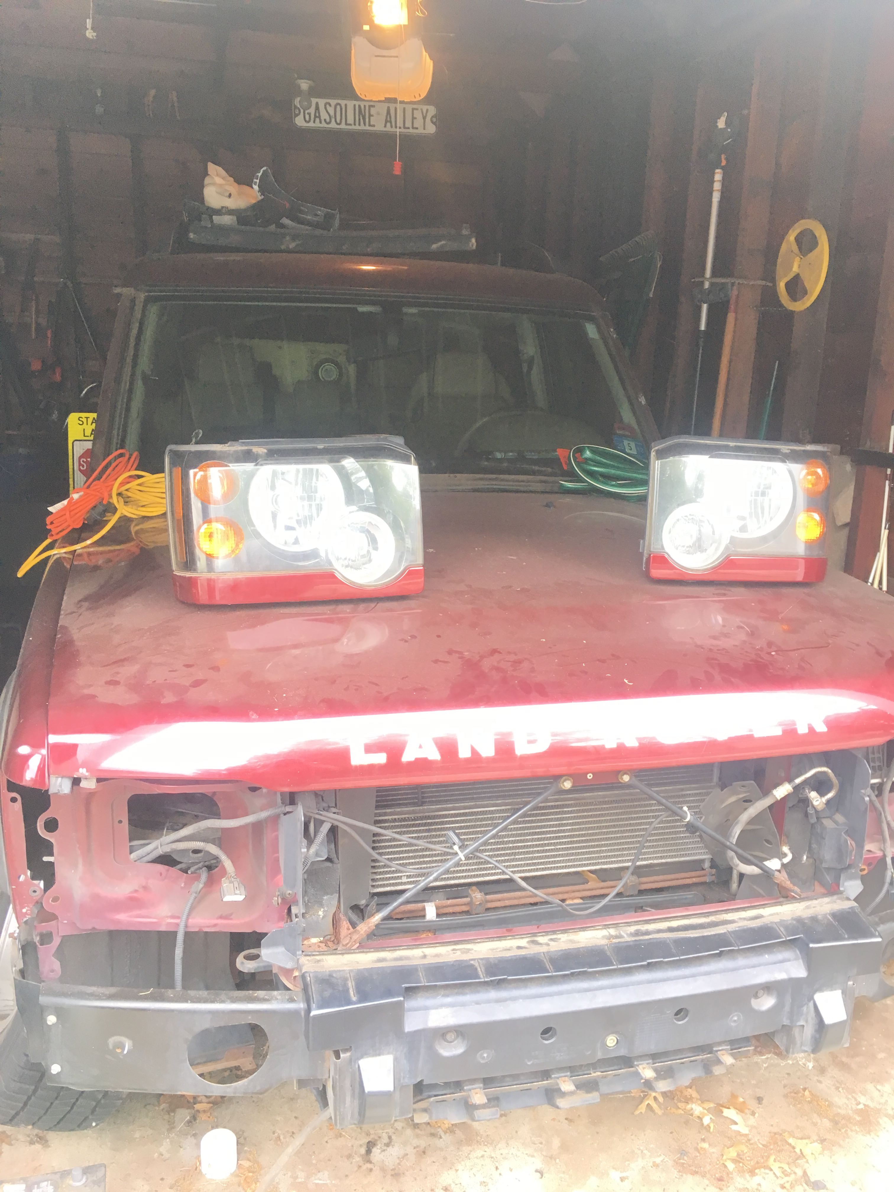 Junk 2004 Land Rover Discovery II in Roselle