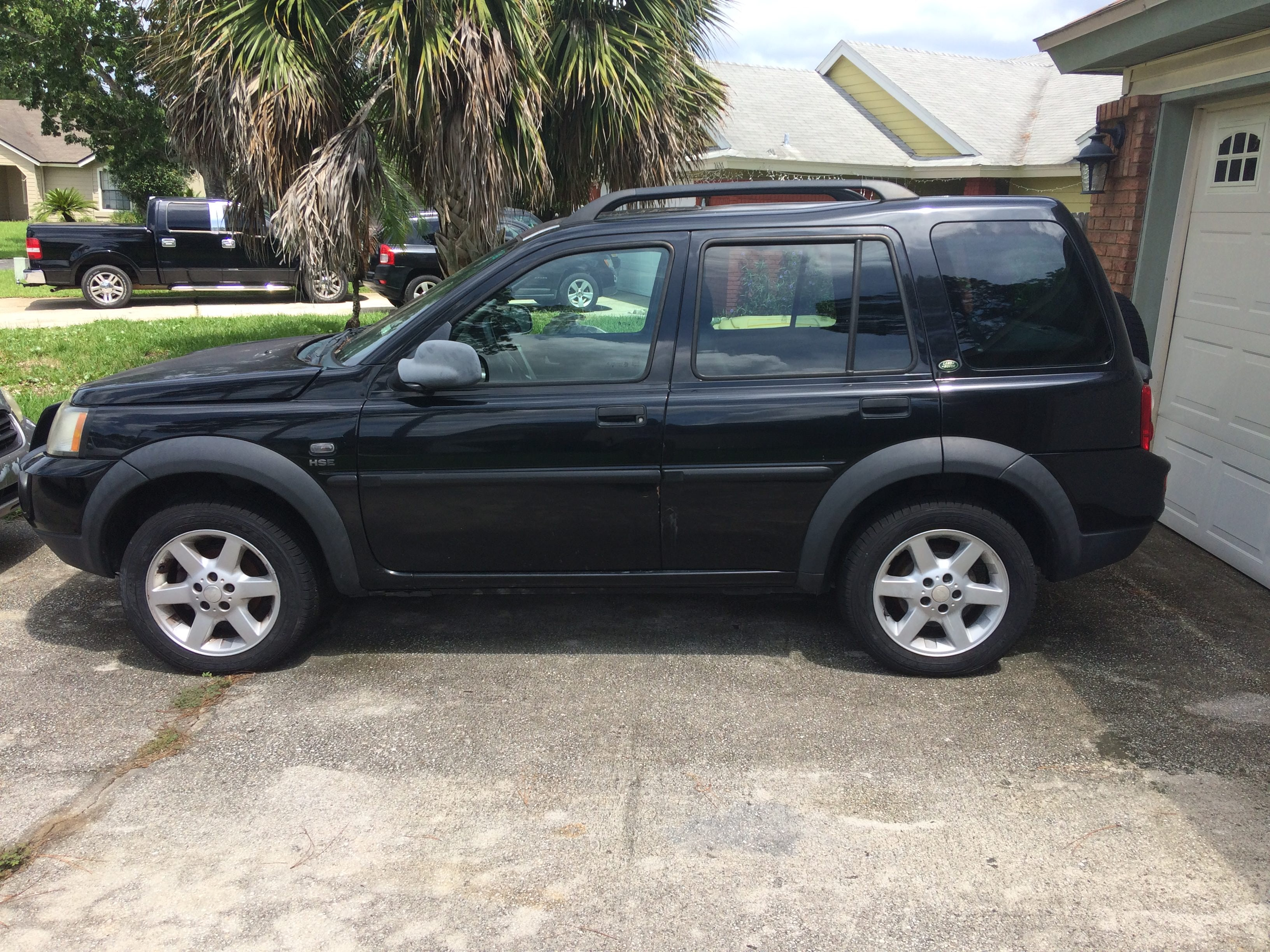 Junk 2004 Land Rover Freelander in Jacksonville