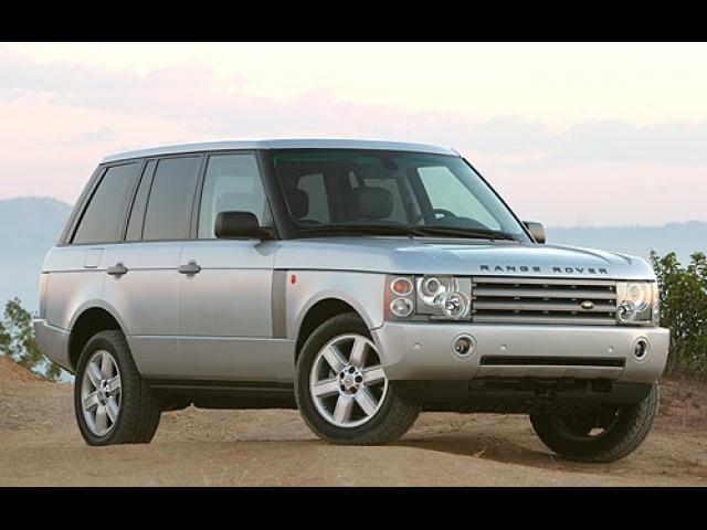 Junk 2004 Land Rover Range Rover in Los Angeles