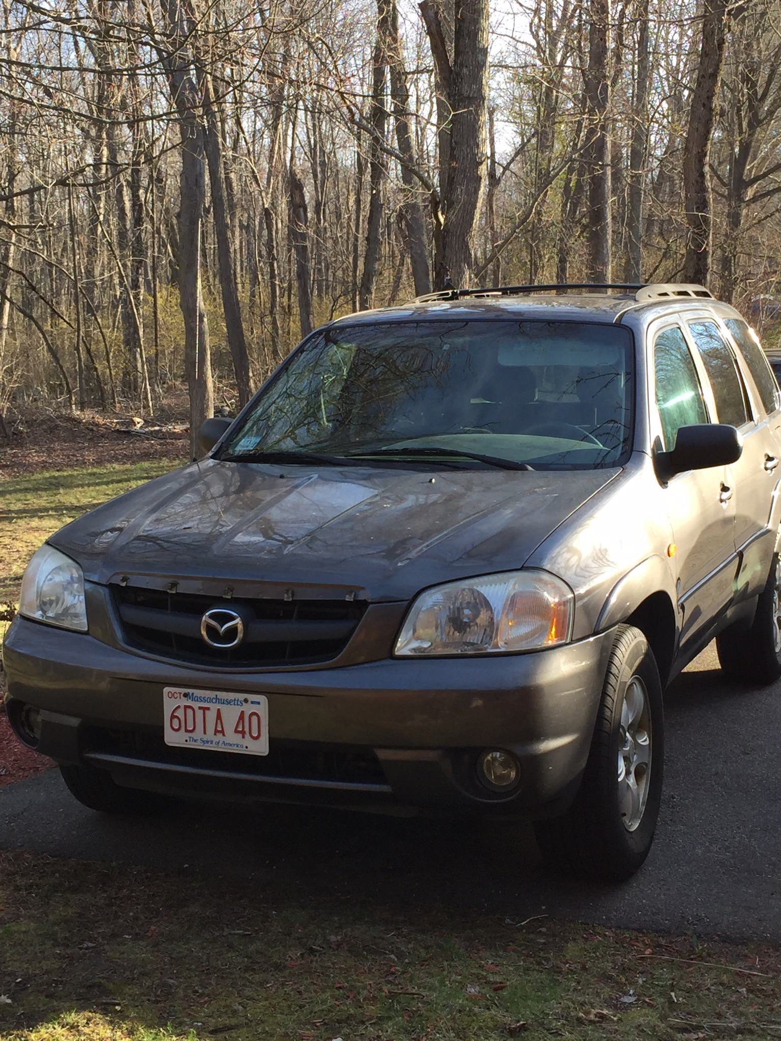 Junk 2004 Mazda Tribute in Westford