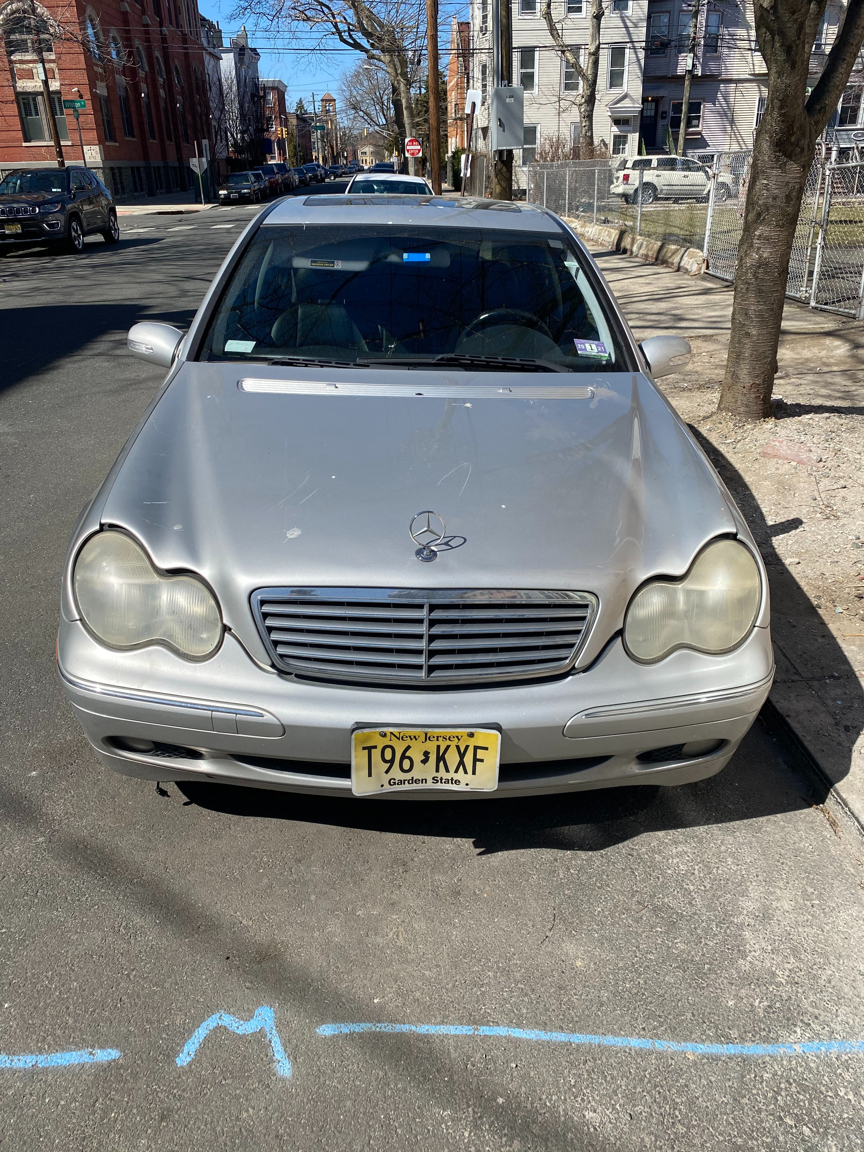 Junk 2004 Mercedes-Benz C in Jersey City