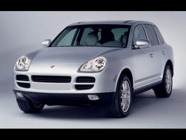 Junk 2004 Porsche Cayenne in Port Orange