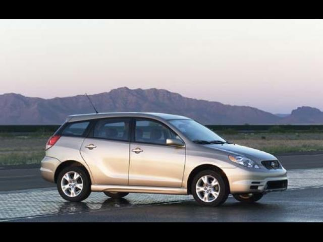 Junk 2004 Toyota Corolla Matrix in Prescott Valley