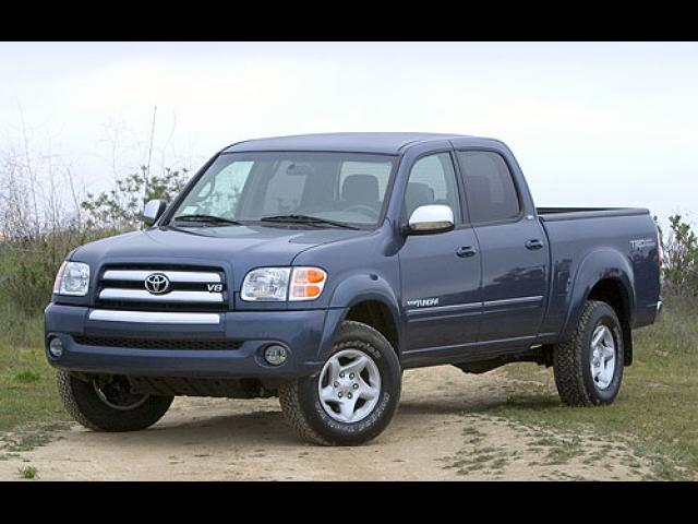 Junk 2004 Toyota Tundra in Quincy