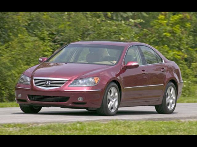 Junk 2005 Acura RL in Virginia Beach