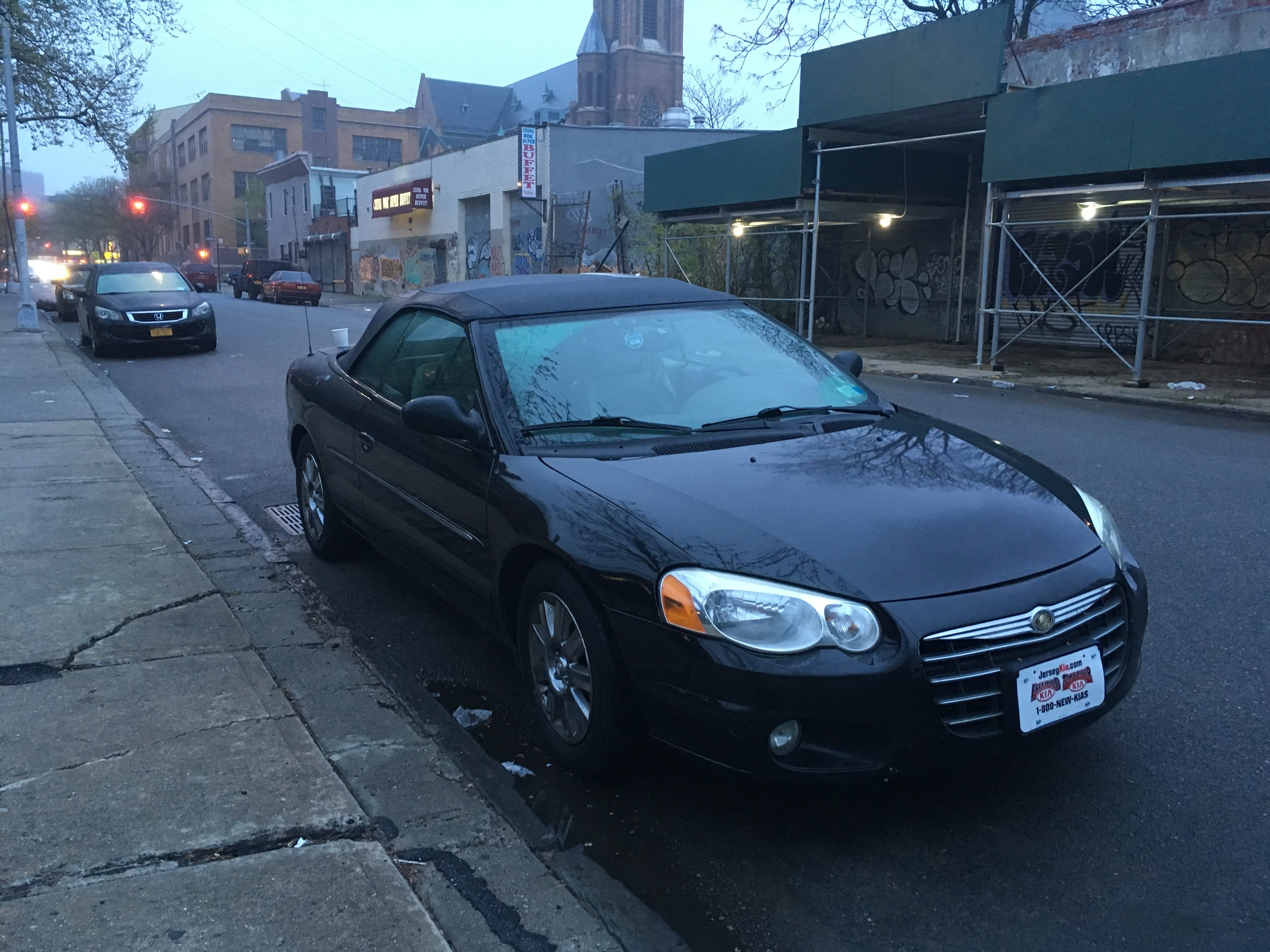Junk 2005 Chrysler Sebring in Bethesda