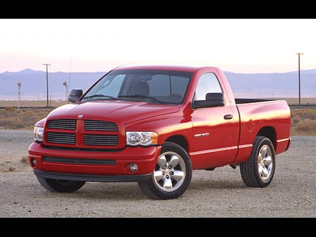 Junk 2005 Dodge RAM 1500 in El Segundo