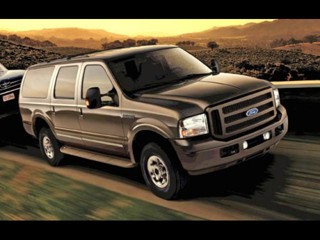 Junk 2005 Ford Excursion in Hopkins