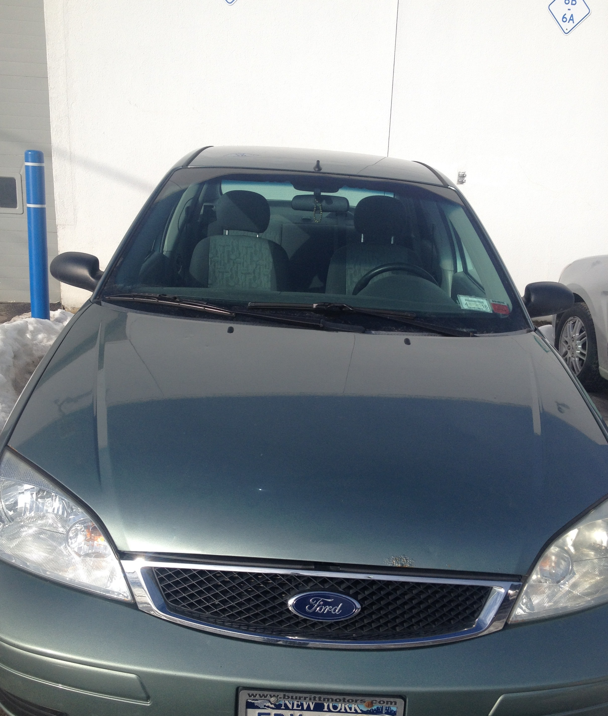 Junk 2005 Ford Focus in Oswego