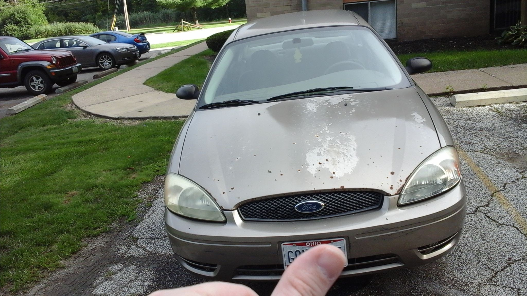 Junk 2005 Ford Taurus in Amherst