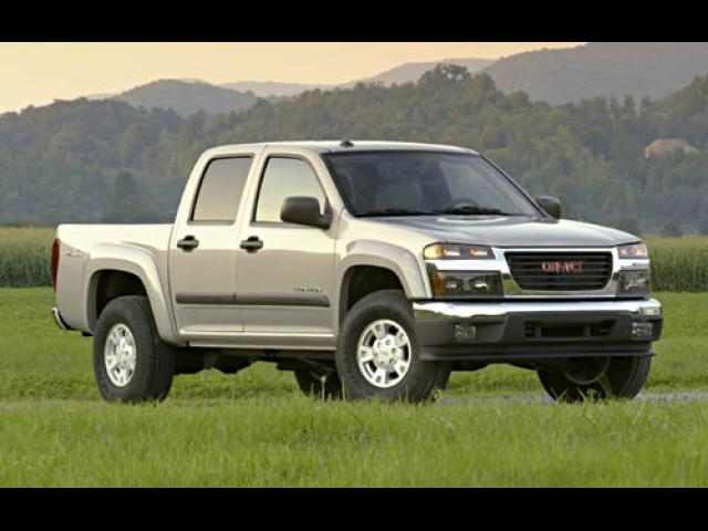 Junk 2005 GMC Canyon in Slaughters