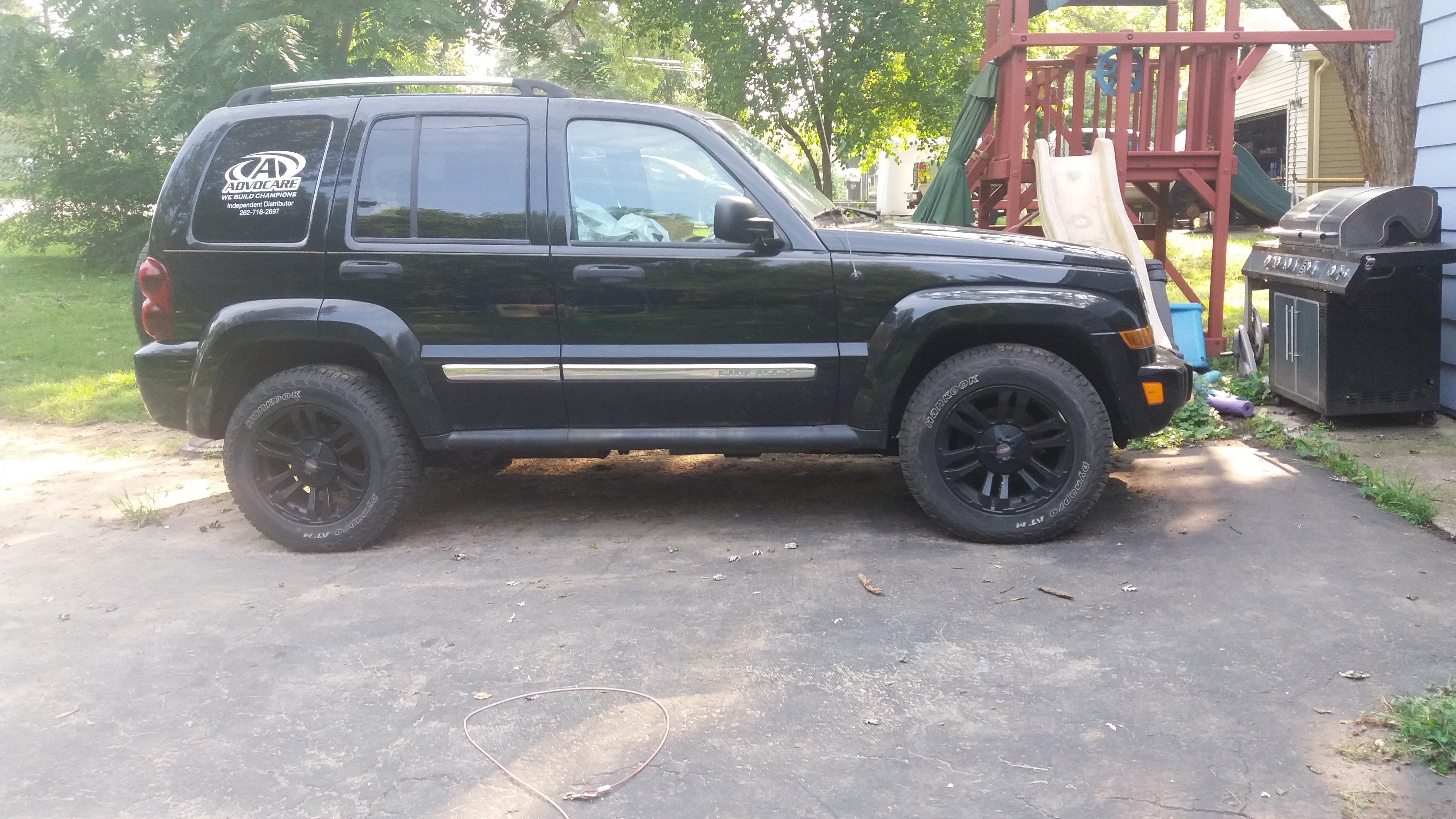 Junk 2005 Jeep Liberty in Trevor