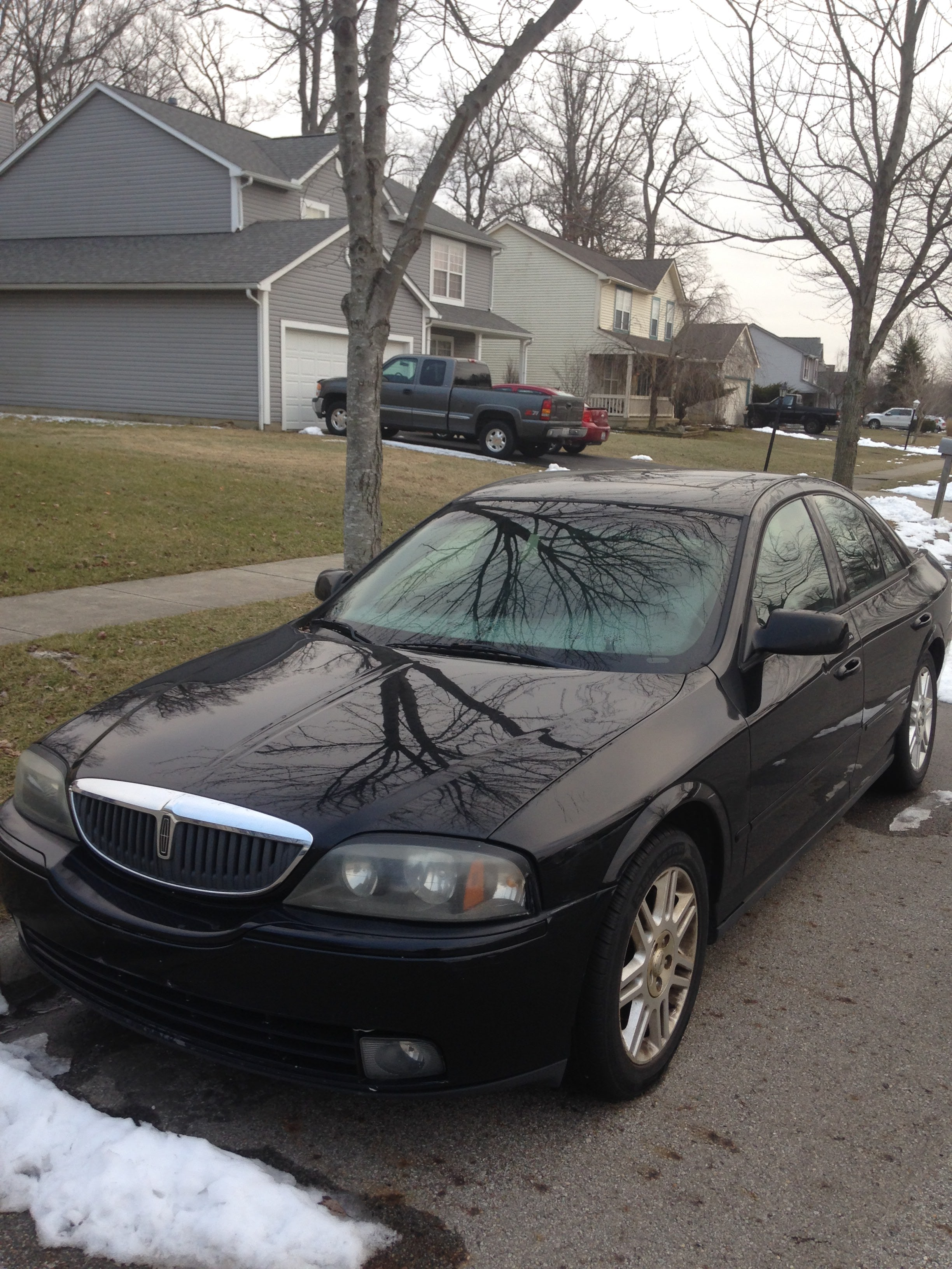 Junk 2005 Lincoln LS in Grove City