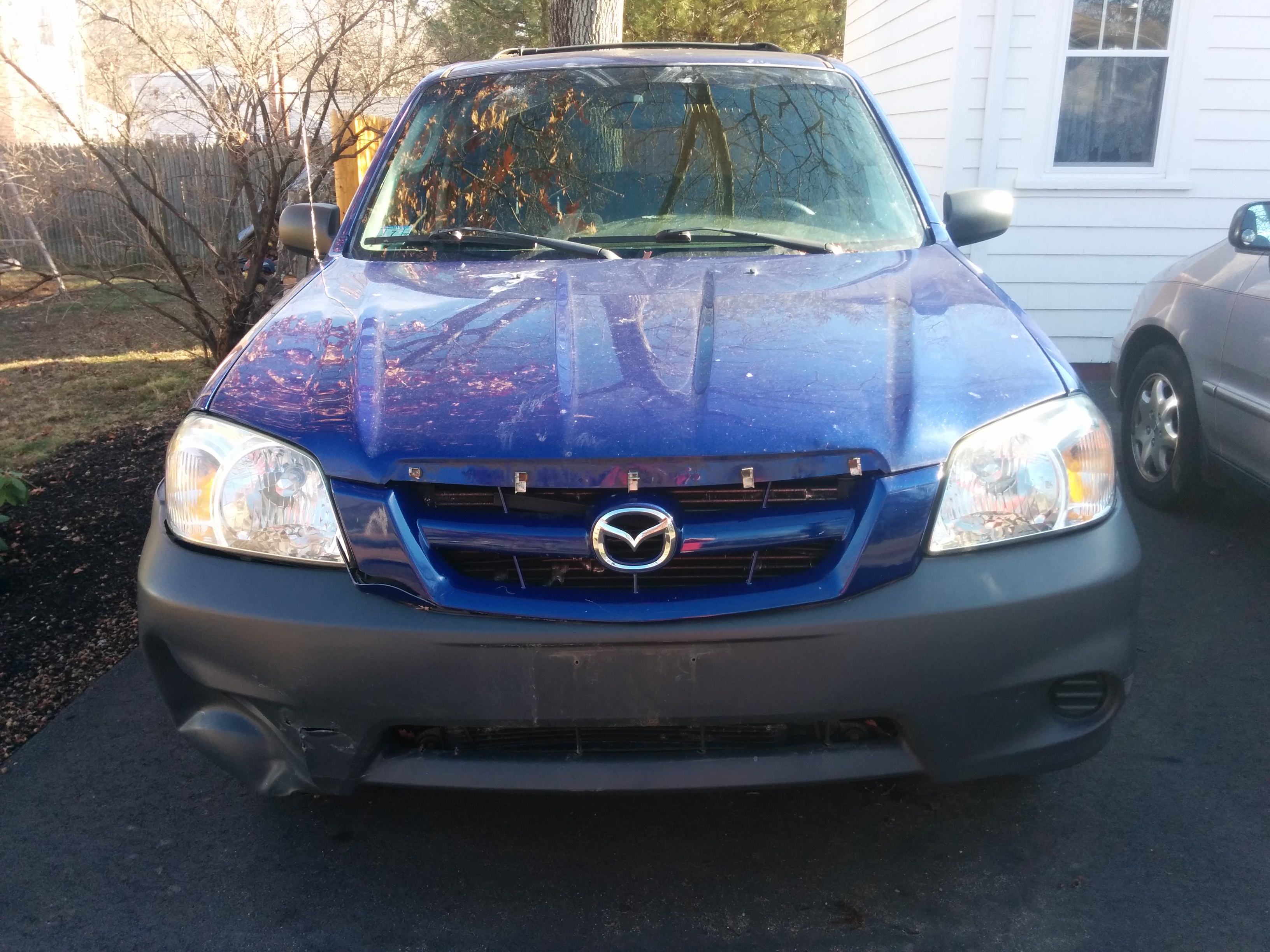 Junk 2005 Mazda Tribute in Attleboro