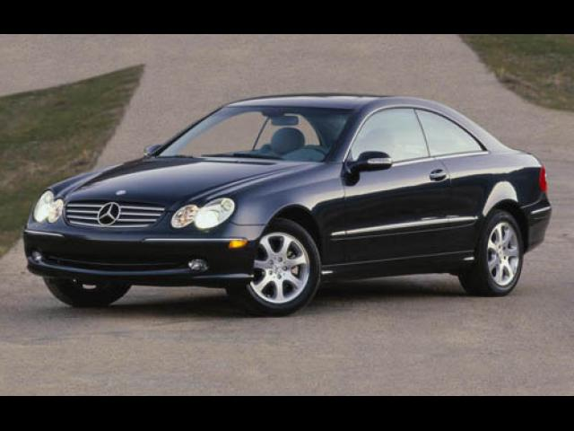 Junk 2005 Mercedes-Benz CLK in Fort Myers