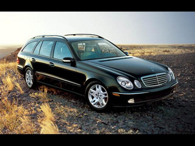 Junk 2005 Mercedes-Benz E in Kingston