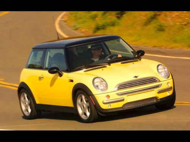 Junk 2005 Mini Cooper in Stayton
