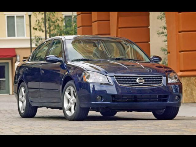 Junk 2005 Nissan Altima in Houston
