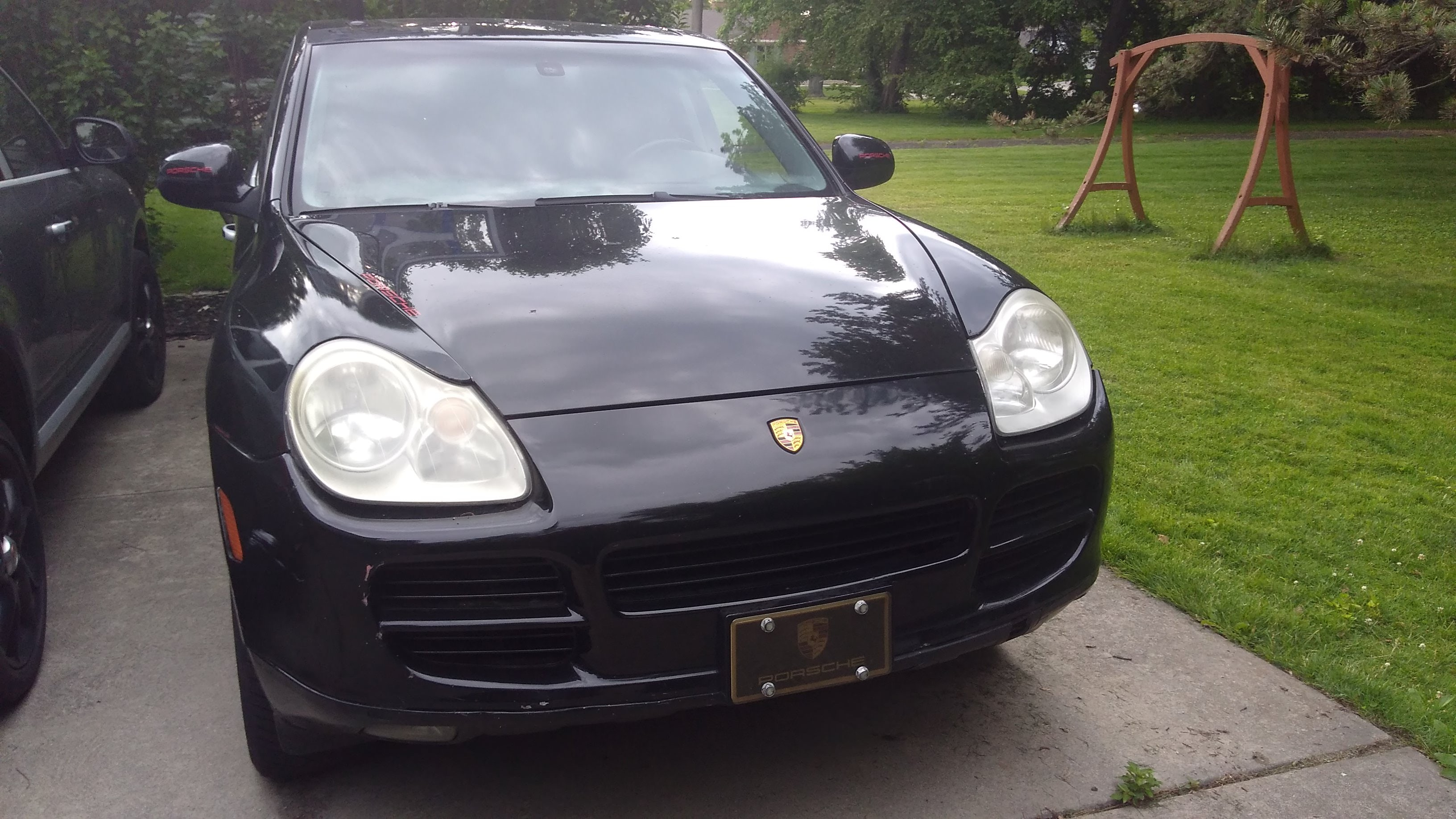 Junk 2005 Porsche Cayenne in Grosse Pointe
