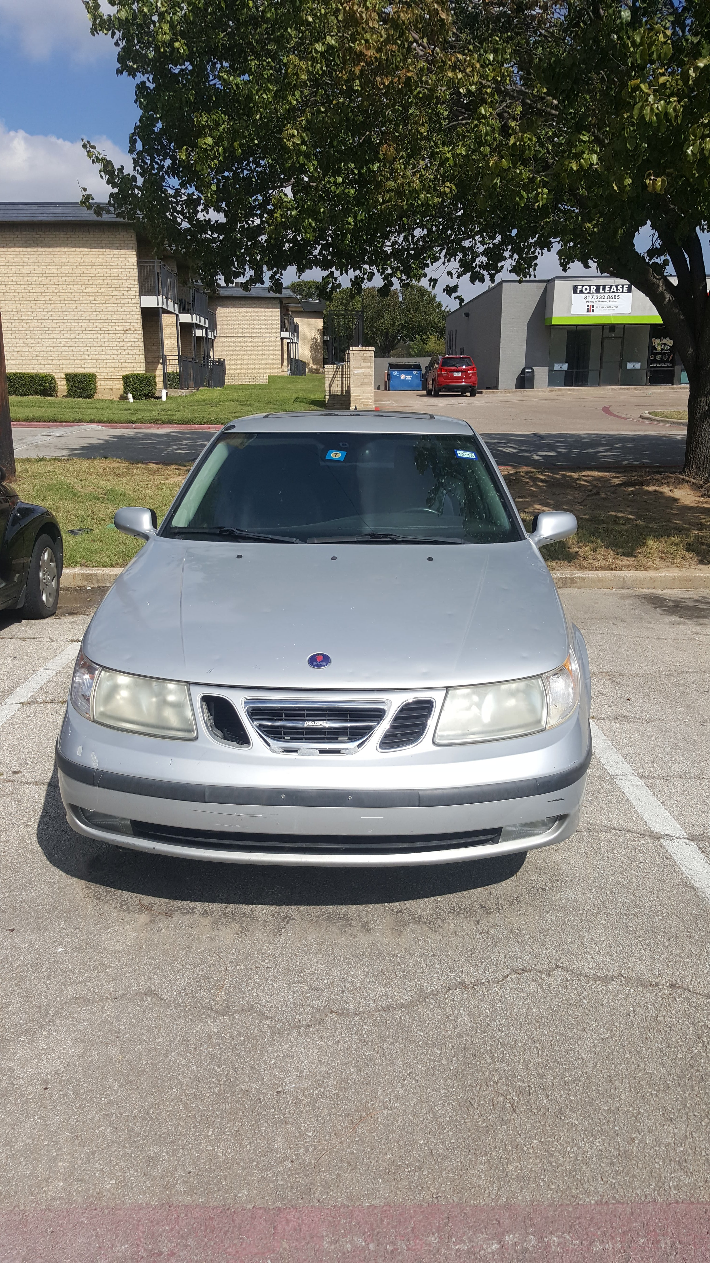 Junk 2005 Saab 9-5 in Grand Prairie