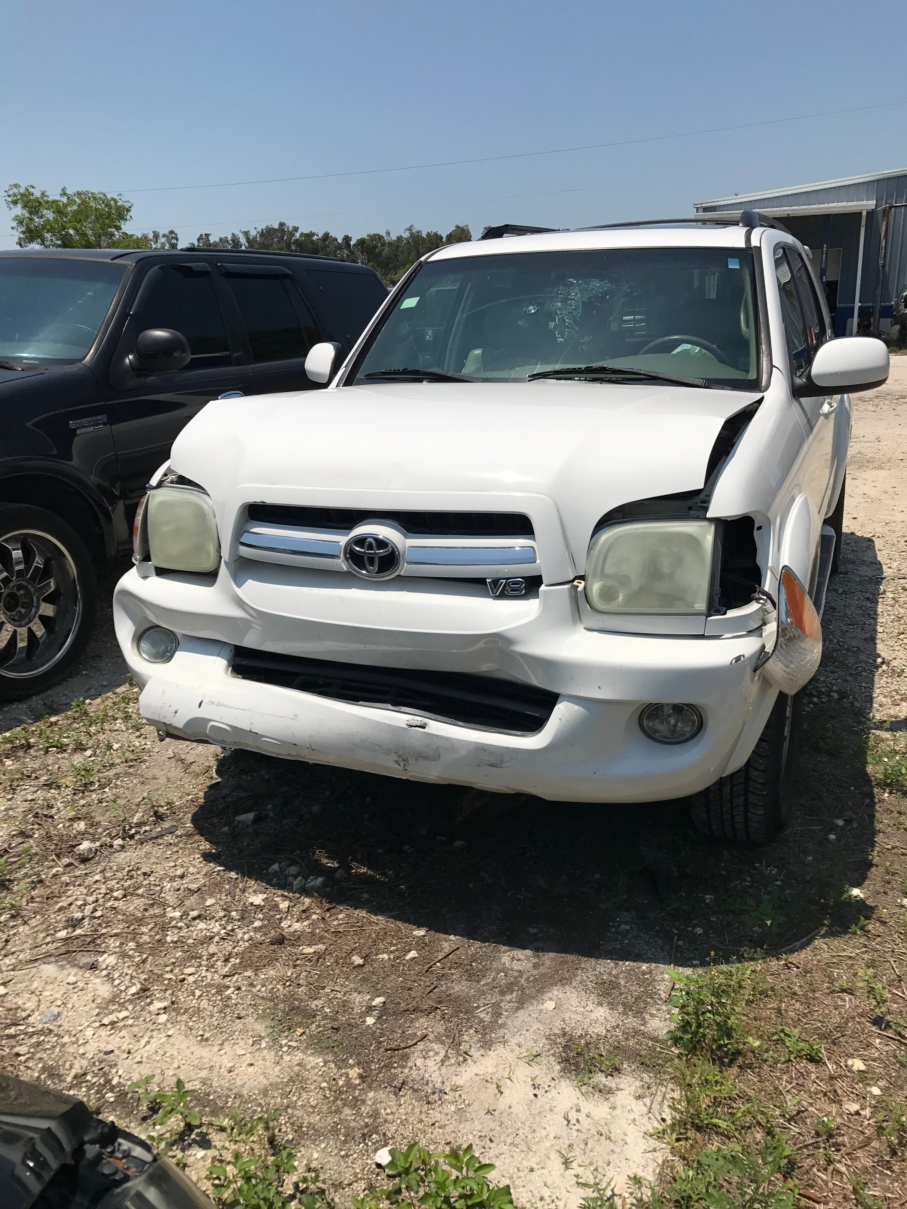 Junk 2005 Toyota Sequoia in Fort Myers