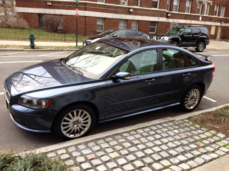 Junk 2005 Volvo S40 in Washington