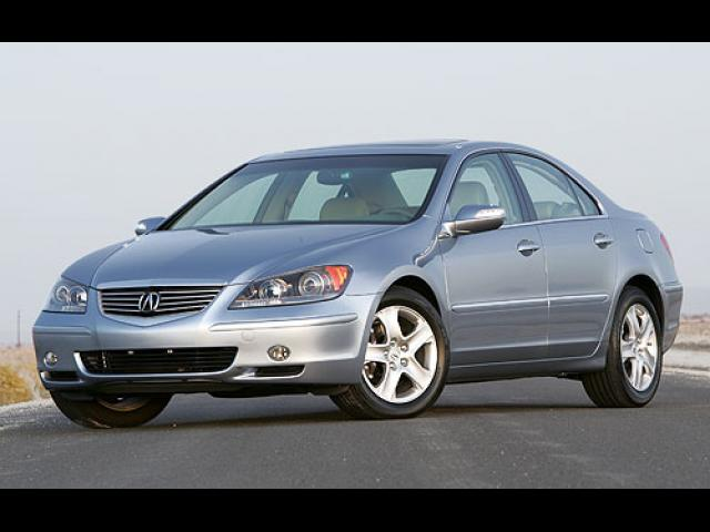 Junk 2006 Acura RL in Cleveland
