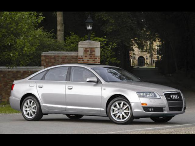 Junk 2006 Audi A6 in Suffield