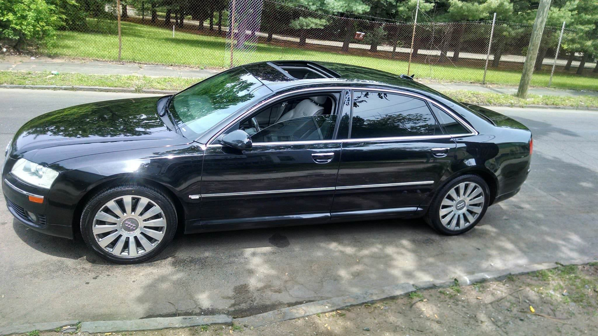 Junk 2006 Audi A8 in New Haven