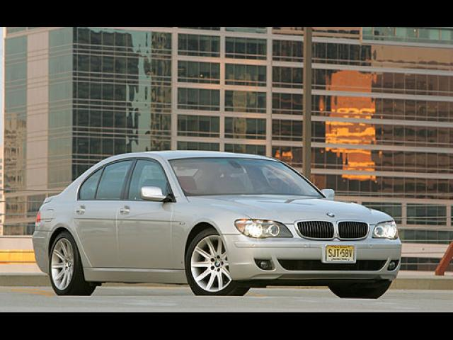 Junk 2006 BMW 750 in Downey