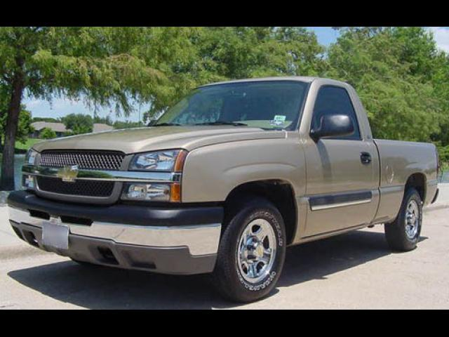 Junk 2006 Chevrolet Silverado in Sand Springs