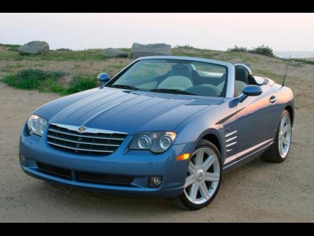 Junk 2006 Chrysler Crossfire in North Hollywood