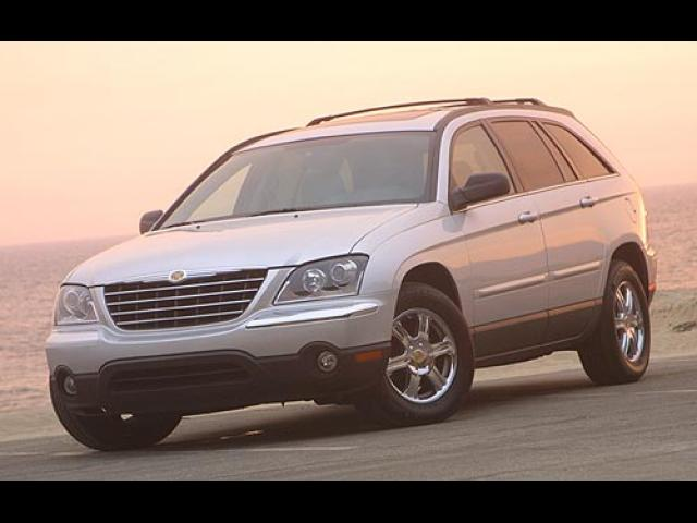 Junk 2006 Chrysler Pacifica in Levittown