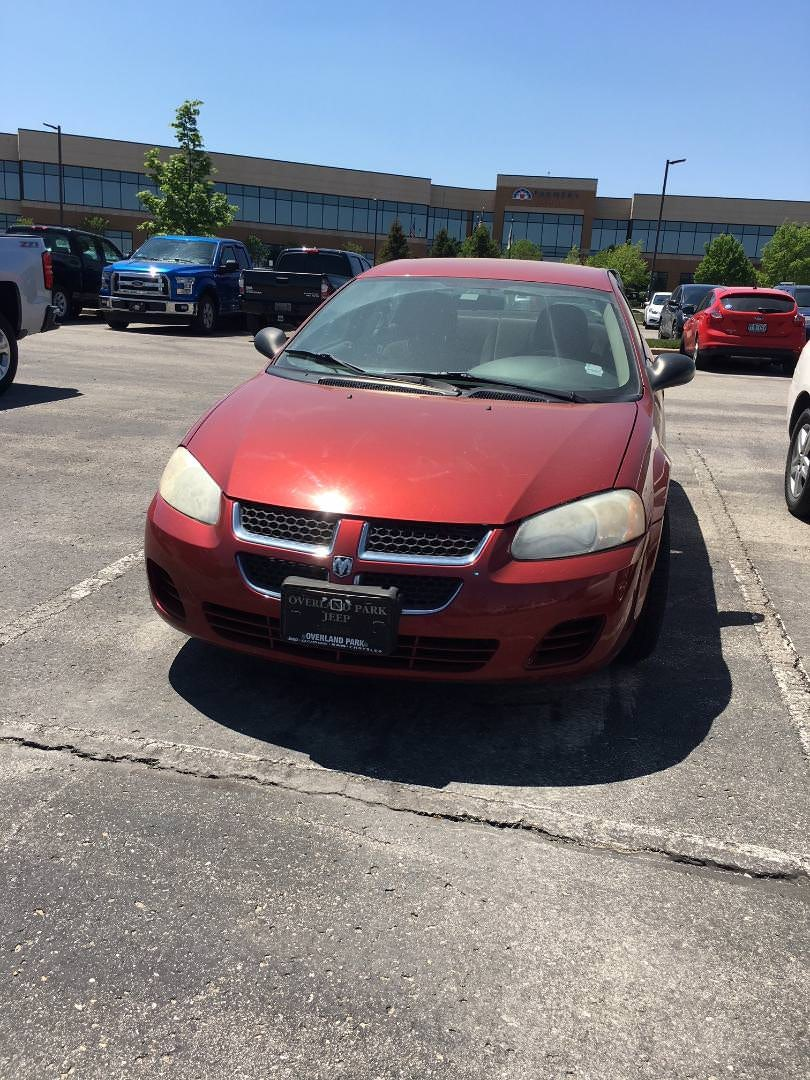Junk 2006 Dodge Stratus in Olathe