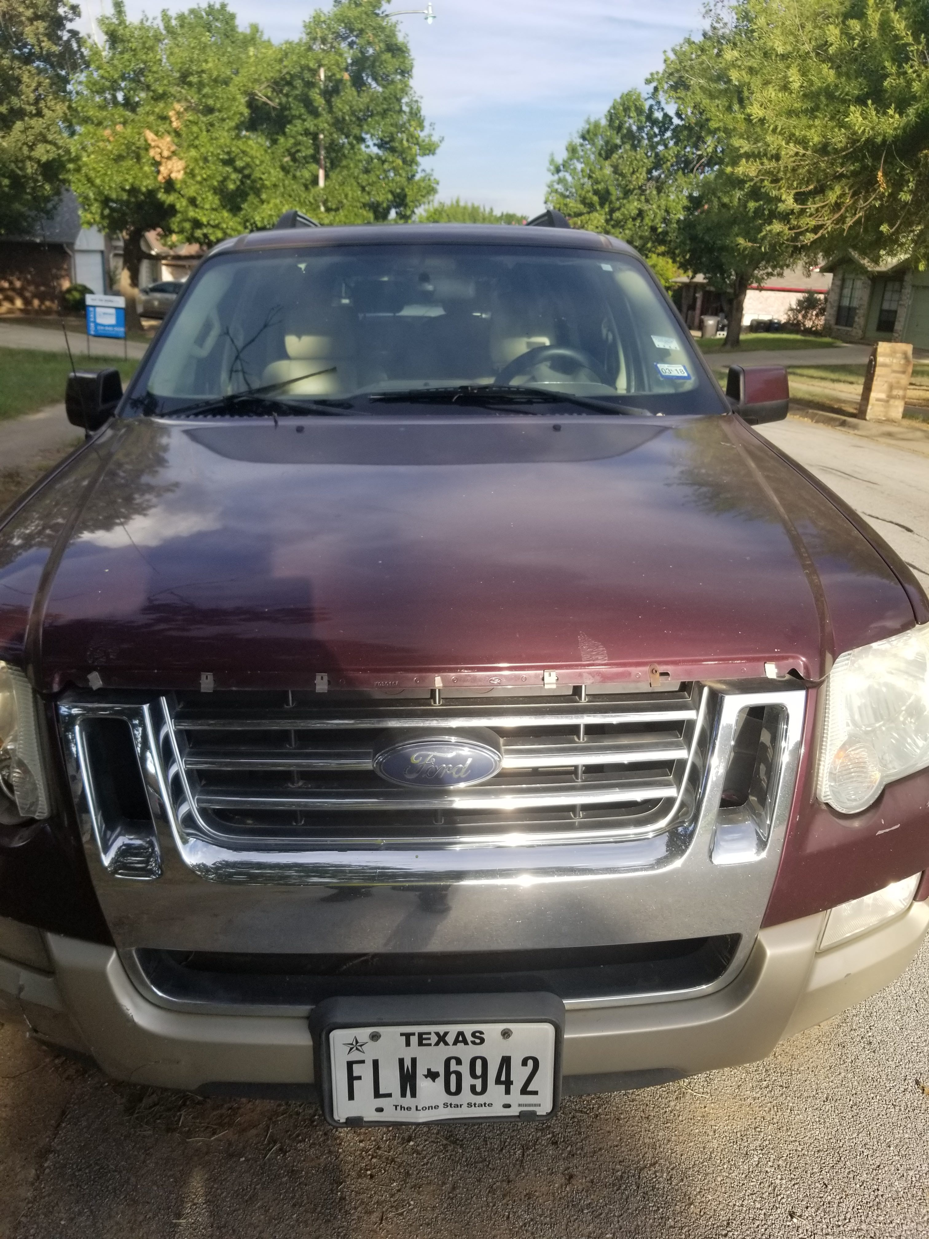 Junk 2006 Ford Explorer in Fort Worth