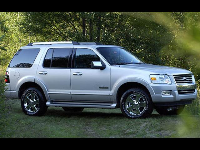 Junk 2006 Ford Explorer in Jupiter