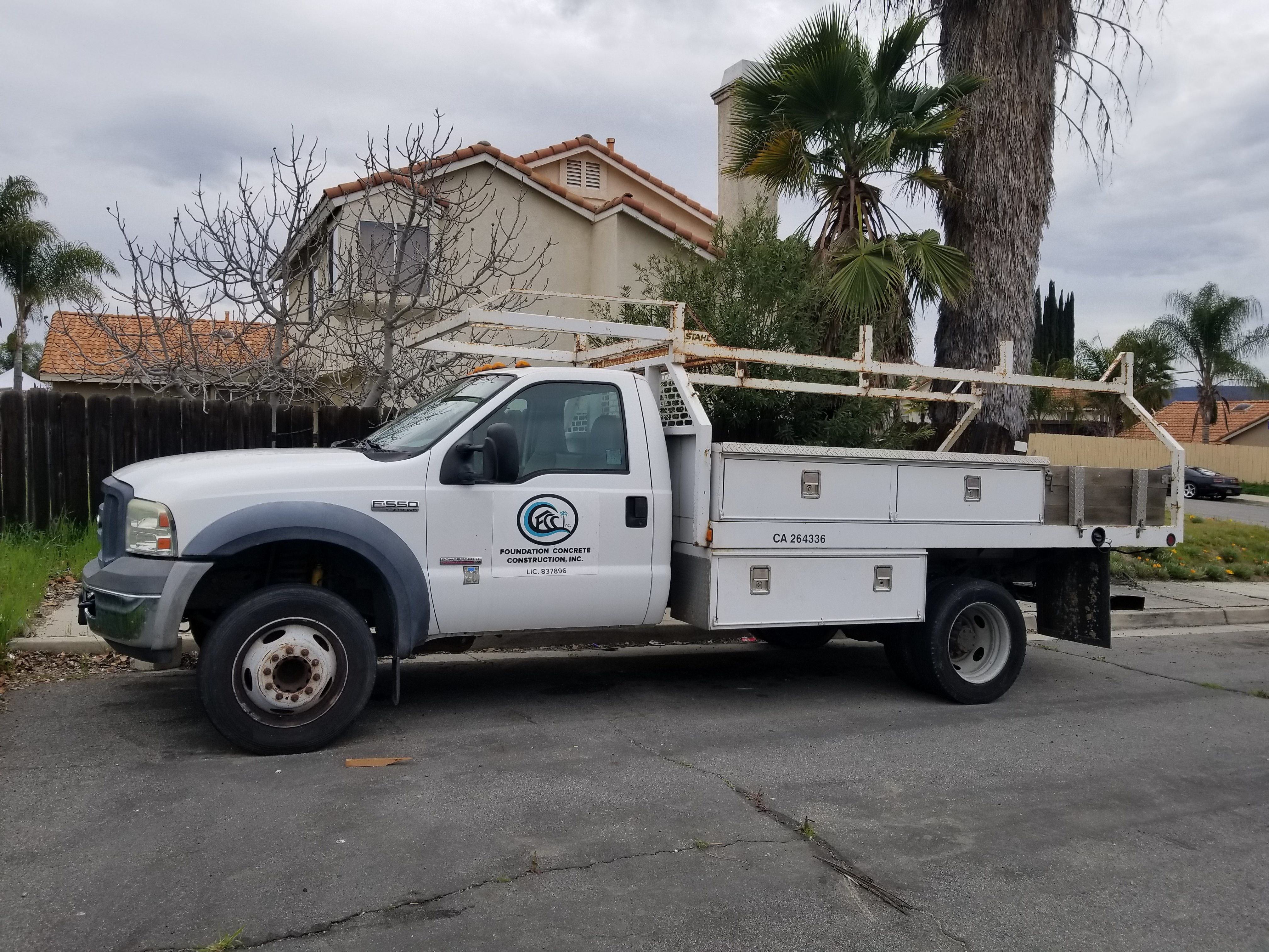 Junk 2006 Ford F550 in Murrieta