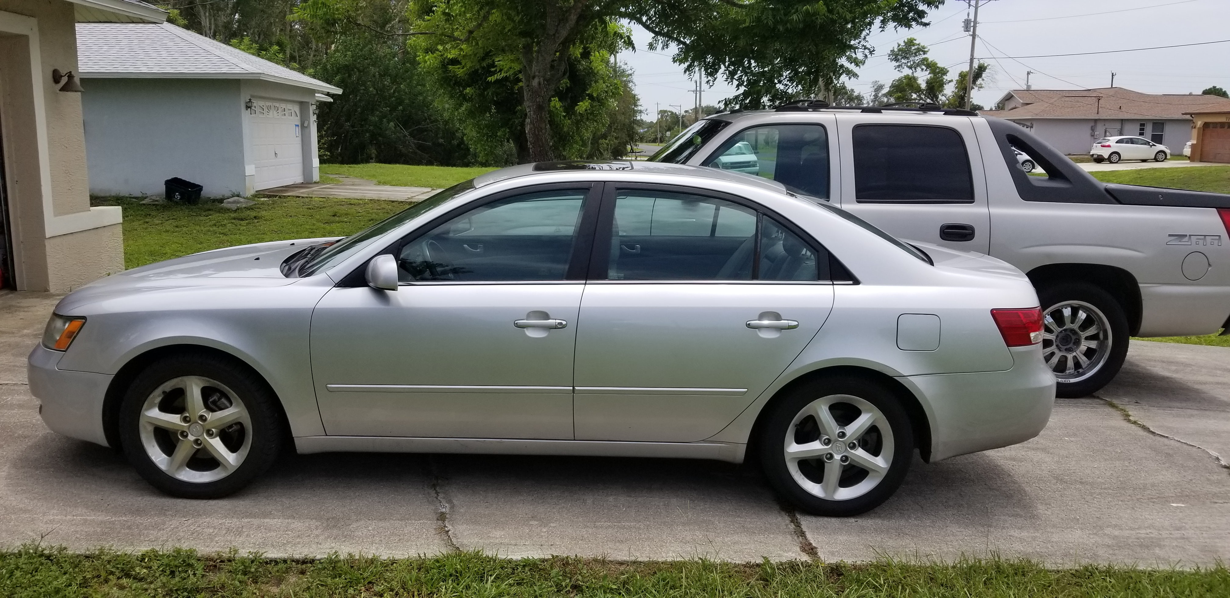 Junk 2006 Hyundai Sonata in Fort Myers