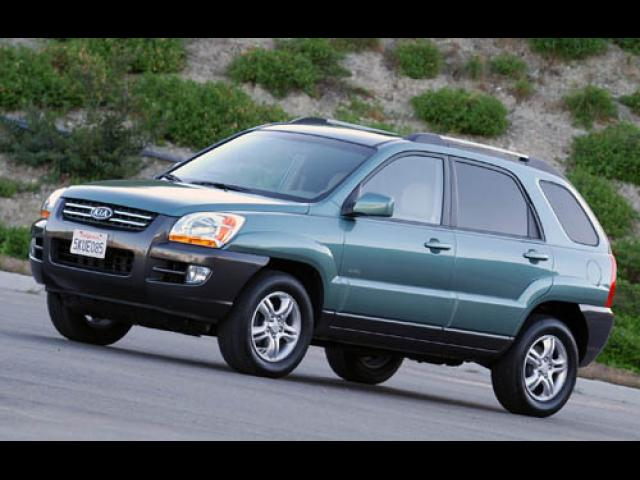 Junk 2006 Kia New Sportage in Glendale