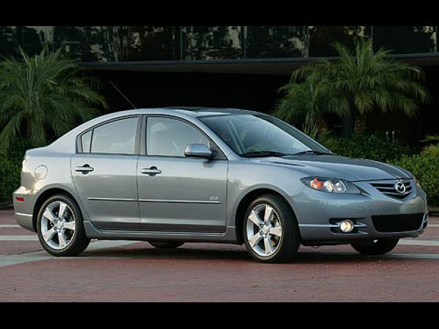 Junk 2006 Mazda 3 in Fort Myers