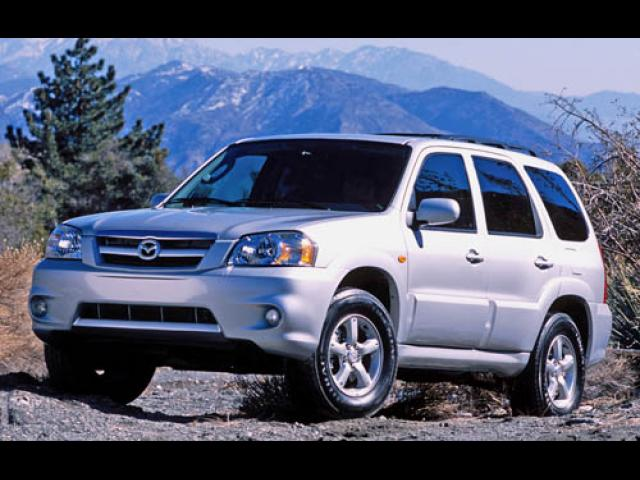 Junk 2006 Mazda Tribute in Simi Valley
