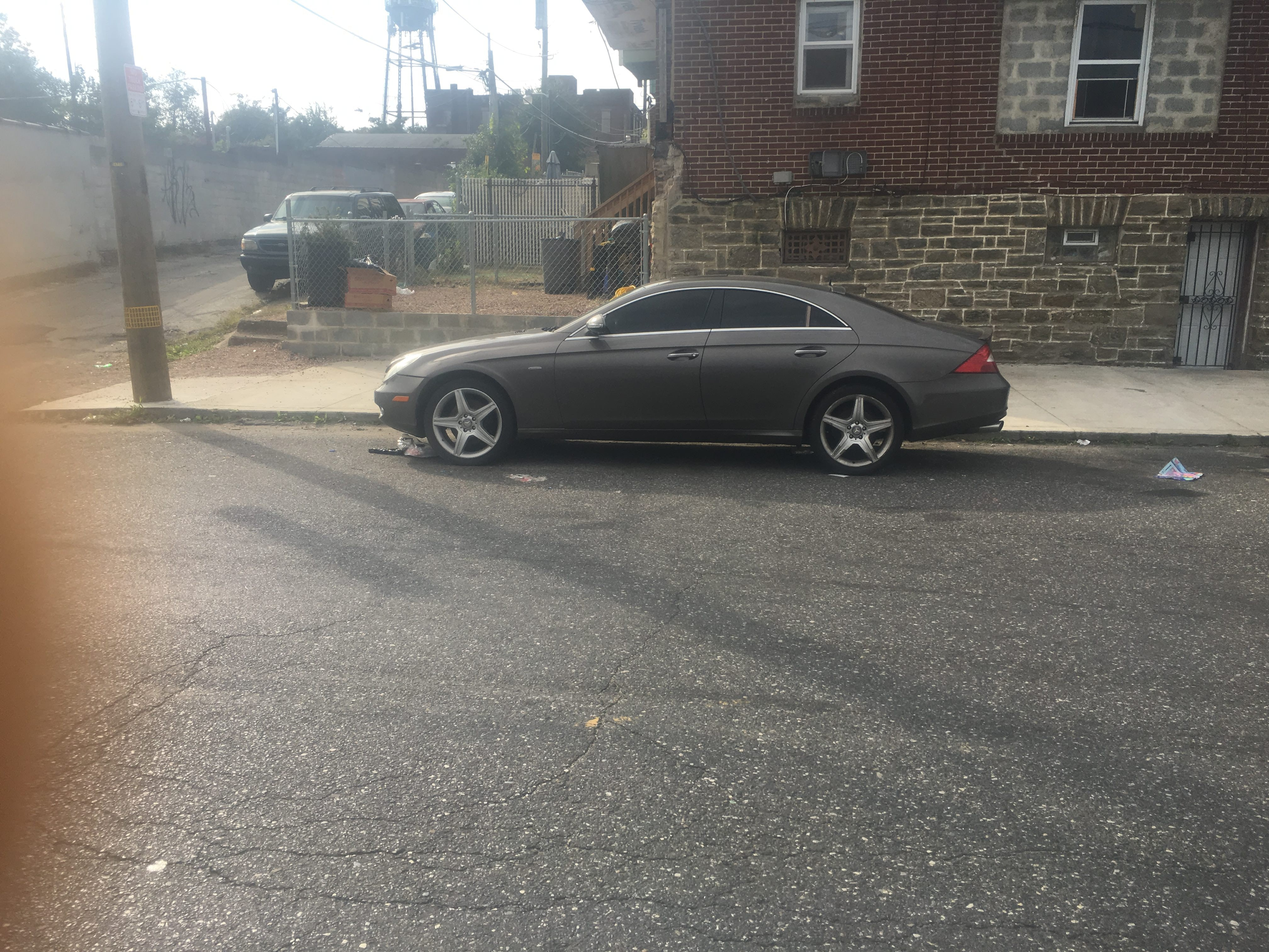 Junk 2006 Mercedes-Benz CLS in Philadelphia