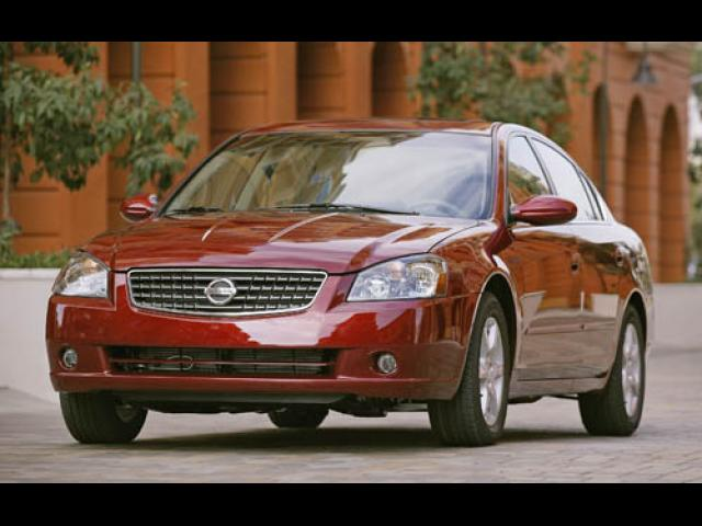 Junk 2006 Nissan Altima in Erial