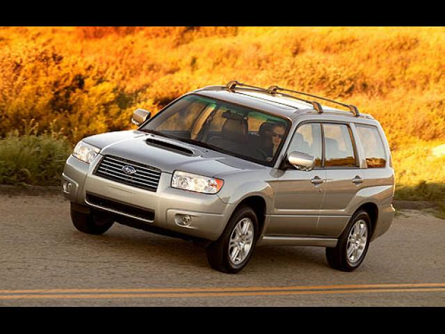 Junk 2006 Subaru Forester in Saint Louis