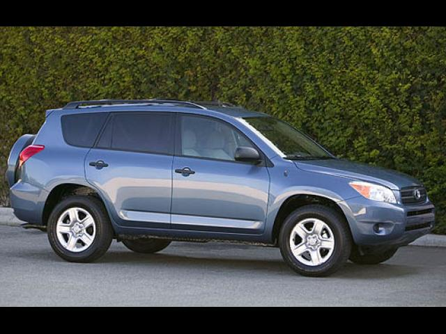 Junk 2006 Toyota Rav4 in Lawrence Township