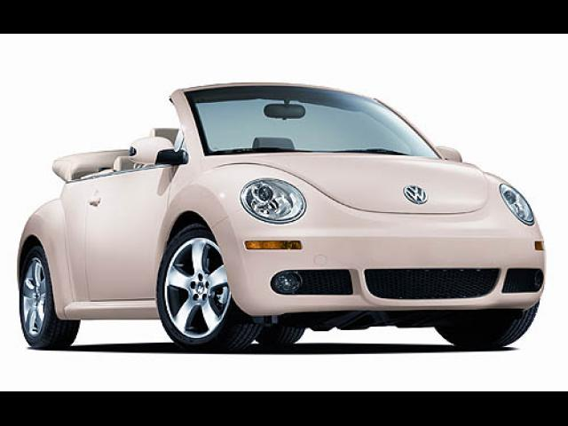 Junk 2006 Volkswagen New Beetle in Cedar Hill